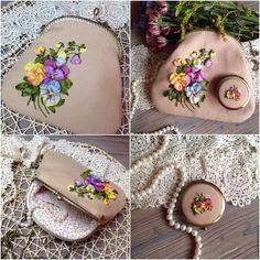"""Купить Сумочка и зеркальце. Комплект """"Viola"""" - бежевый, сумочка, сумочка ручной…"""