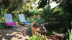 Villa Hérisson - Maison de Vacances dans Juan-les-Pins Holiday rental in Antibes Juan les Pins Juan Les Pins, Le Havre, Antibes, Outdoor Furniture, Outdoor Decor, Holidays And Events, Cannes, Sun Lounger, Villa