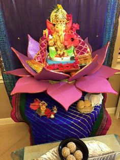 Housewarming Decorations, Diy Diwali Decorations, Indian Wedding Decorations, Festival Decorations, Baby Shower Decorations, Flower Decorations, Ganpati Decoration Design, Mandir Decoration, Ganapati Decoration