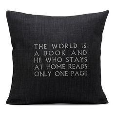 el mundo es un libro y quien se queda en casa lee tan solo una página