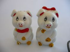 Vintage Pig Salt and Pepper Shakers by Saltofmotherearth on Etsy