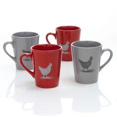 2 mugs décorés d'une poule pour un esprit maison de campagne sur votre table.