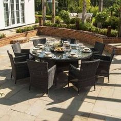 Maze Rattan - Miami Baby LA 8 Seat Rattan Dining Set - 1.8m Round Table - Brown