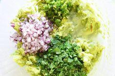Make All The Salsas On The Chipotle Menu (Guac too! Chipotle Menu, Chipotle Copycat Recipes, Chipotle Bowl, Pork Recipes, Mexican Food Recipes, Cooking Recipes, Healthy Recipes, Ethnic Recipes, Fondue Recipes