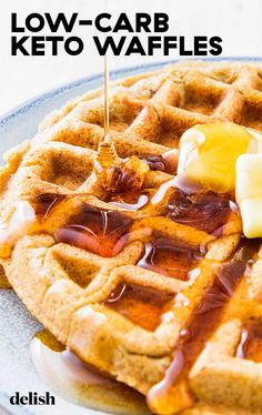 Coconut Waffles Vegan And Gluten Free. 7 Easy Keto Breakfast Ideas To Make You Want To Get Out Of Bed. Home and Family Keto Waffle, Waffle Recipes, Snack Recipes, Vegetarian Ketogenic Diet, Paleo, Ketogenic Recipes, Vegan Keto, Vegetarian Meals, Chips Ahoy