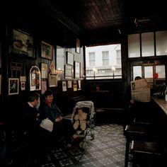 Martin Parr - IRELAND. County Leitrim. Mohill. 1992. Martin Parr, Holy Mary, Star Anise, Ireland, Artists, Photography, Santa Maria, Photograph, Fotografie