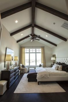 Southern Living: Master bedroom design with vaulted ceiling
