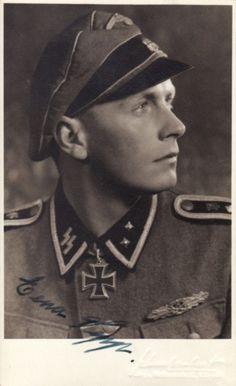 """✠ Josef Lainer (13 March 1920 – 4 September 2002) RK 08.10.1943 SS-Oberscharführer Zugführer i. d. 1./SS-Pz.Gren.Rgt """"Der Führer"""" + NKiG 15.10.1943, SS-Hauptscharführer, Zugführer i. d. 1./SS-Pz.Gren.Rgt. 4"""