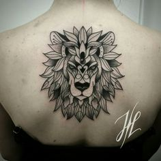 Ornamental lion head by Marjorianne
