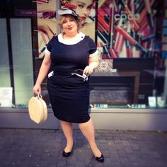 FrenchCurves: Bodycon – Wiggle Dress | Miss Kittenheel Pinup rockabilly madmen sexy secretary librarian chic saucer hat fascinator pencil dress LindyBop tiffany 1950s 50s 60s tuk meauw heels