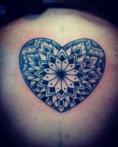 #hearttattoo #blackandgreytattoo #tattooforgirls  #alemerlostattoo #timetattoo #asisonmistattoo #laperlatattoo #tattoomardelplata  LOS ESPERAMOS A TODOS EN olavarria 2831!!!