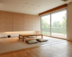 This is a Japanese style interior with a low table, neutral colors, light wood, and is very spacious. Japanese Style Bedroom, Japanese Modern House, Japanese Living Rooms, Japanese Interior Design, Japanese Home Decor, Living Room Modern, Japanese Table, Minimalist Interior, Minimalist Home
