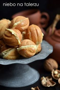 ciastka orzeszki Polish Desserts, Polish Recipes, No Bake Desserts, Baking Recipes, Cake Recipes, Dessert Recipes, Sweet And Salty, Food Cakes, Food Videos