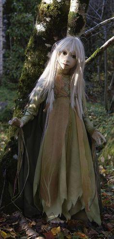Fantasy Movies, Fantasy Characters, Fantasy Art, Magical Creatures, Fantasy Creatures, Brian Froud, The Dark Crystal, Gnome, Jim Henson