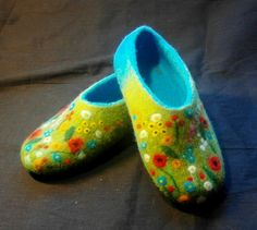 How wonderful would it be to have beautiful flowers for your feet, rather than a vase of flowers for your table. <3 Felted slippers.. ALPINE MEADOW. by Inna-Ganke