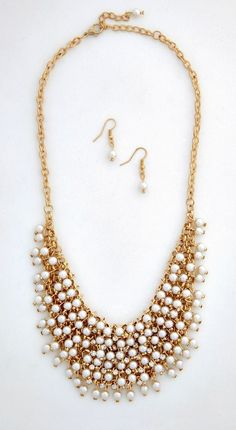 A Glimmer, a Glance Necklace and Earrings Set