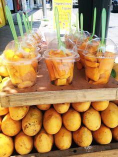 mangos in Puebla, México