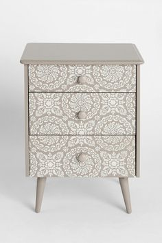 Plum & Bow Tallulah Side Table. I love the design far too much. #UrbanOutfitters