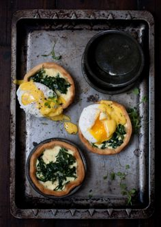 Crush 31  /  Breakfast tartlets  /  creamy spinach tartlets topped with poached eggs and easy hollandaise sauce