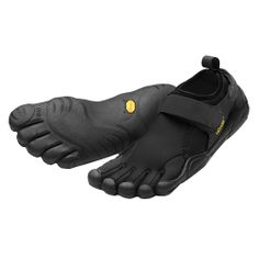 34d0fc71030846 hese are minimalist shoes that are intended to mimic running bare foot.  They allow you