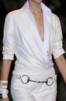 0c9ee0462a5 Hermès Spring 2011 - Details Urban Chic Fashion, White Fashion, Love  Fashion, Paris