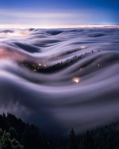 Fog waves under the full moon in Mount Tamalpais State Park, Marin Couny, Photo by Explore. Beautiful World, Beautiful Places, Beautiful Pictures, Landscape Photography, Nature Photography, Image Nature, Art Nature, Nature Landscape, Vampire Knight