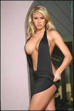 Sexy Women in Tight Dresses Pics) Tight Dresses, Sexy Dresses, Sexy Outfits, Sexy Posen, Hot Girls, Beauty And Fashion, Mini Vestidos, Hot Blondes, Up Girl