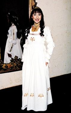 Bella Abita Wedding Gown: Renaissance Costumes, Medieval Clothing, Madrigal Costumes by The Tudor Shoppe