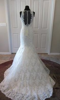 Allure Bridals C280: buy this dress for a fraction of the salon price on PreOwnedWeddingDresses.com