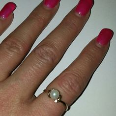 Genuine pearl 10 karat ring This is a beautiful dainty pearl ring with 2 small diamonds stones on each side 10 karat gold the inside is stamped T&C T&C Jewelry Rings