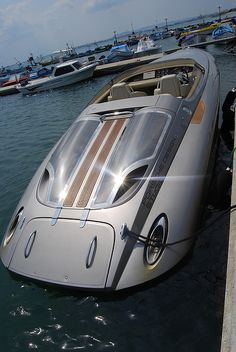 Porsche boat by Keyfabe, via Flickr