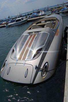 Porsche boat by Keyfabe, via Flickr