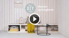 Deze DIY loungebank biedt niet alleen veel opbergruimte, maar is met een paar grote kussens ook uitermate geschikt om lekker te bankhangen. Kijk op bit.ly/opbergbank voor uitgebreide instructies.