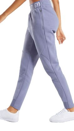 Stretch to your limits with the Comfy Tracksuit Bottoms. Your workout is promised function and focus with the soft and supple fabric and spacious fit of these gym joggers. Sport Fashion, Fitness Fashion, Sporty Outfits, Fashion Outfits, Mode Adidas, Estilo Fitness, Joggers Outfit, Gym Clothes Women, Tracksuit Bottoms