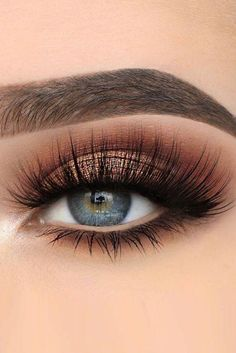 Pageant and Prom Makeup Inspiration. Find more beautiful makeup looks with Pageant Planet. #makeup #prommakeup #pageantmakeup #eyeshadow #lipstick #prom #pageant #EyeMakeupBlue Blue Eye Makeup, Makeup For Brown Eyes, Smokey Eye Makeup, Eyeshadow Makeup, Smokey Eyes, Eyeshadow Palette, Younique Eyeshadow, Face Makeup, Uk Makeup
