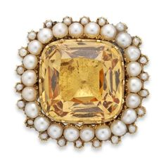 A Georgian topaz and pearl cluster brooch