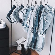 how to hang jeans