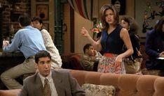 Rachel Green Style, Rachel Green Outfits, Ross Geller, Friend Outfits, Friends Tv Show, Western Outfits, Season 1, Role Models, Nice Dresses