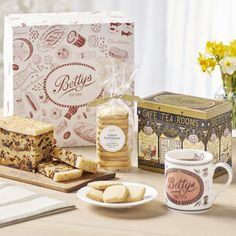 Mother's Day Gift Selection | £25.00 | Make teatimes special with delicious treats and a keepsake Bettys china mug.