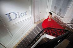 Dans les coulisses des ateliers Dior  haute couture