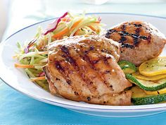 Apricot Glazed Grilled Chicken Grilling chicken is an easy way to transform this humble food. You'll get the best results if you let the chicken stand out at room temperature before grilling. Cooking Recipes, Healthy Recipes, Healthy Meals, Healthy Food, What's Cooking, Stay Healthy, Cooking Time, Free Recipes, Apricot Chicken