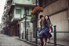 Vivid wedding photography poses - collect appealing plans out of these photo examples. Pre Wedding Poses, Pre Wedding Photoshoot, Wedding Shoot, Professor, Korean Wedding, Cute Photography, Engagement Photo Inspiration, Wedding Photography And Videography, Casual Elegance