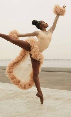 💃🏽 — ingrid silva photographed for ela o globo by pedro. Black Dancers, Ballet Dancers, Black Girl Art, Black Girl Magic, Black Ballerina, Poses References, Brown Skin Girls, Dance Poses, Ballet Beautiful