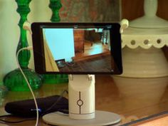 App turns old iPhones, iPads into a home security system - CNET Mobile