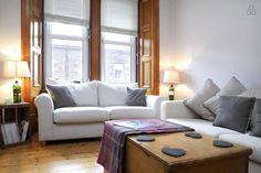 Homely, traditional Edinburgh flat.