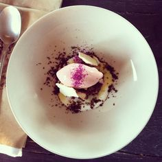 Bougainvillea ice cream and dust with lemon meringue on top of a brownie. From Corazon de Tierra in Valle de Guadalupe. Pic from https://www.facebook.com/lifeandfood