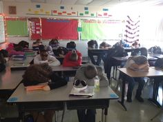 Silent Reading - 3 minutes left of class...heads down and listen to the language.     Señora Baxter's Spanish Class