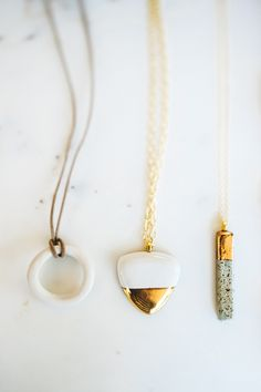 EIGHT-five-things-seattle-travel-guide-moorea-seal-shop-necklaces