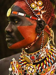 The colors of Africa. The Samburu are a Nilotic people of north-central Kenya that are related to but distinct from the Maasai. Cultures Du Monde, World Cultures, Arte Tribal, Tribal People, African Tribes, African Culture, African History, Interesting Faces, Interesting History