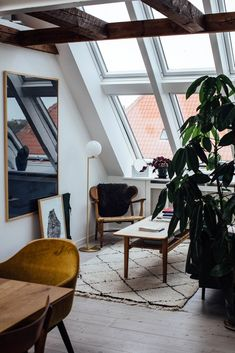 Home Tour with Line Borella in Copenhagen is part of Living Room Scandinavian Apartment - Take a look at this stunning Home Tour with Line Borella, in a modern Copenhagen apartment with beautiful danish design furniture Scandinavian Apartment, Scandinavian Home, Scandinavian Christmas, Modern Interior Design, Home Design, Design Ideas, Design Blogs, Interior Design Photography, House Photography